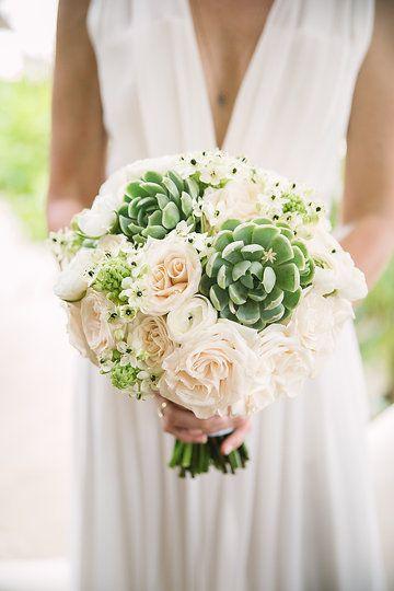 Tulum wedding flowers 10