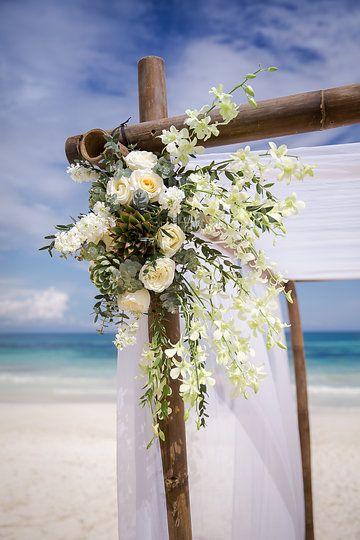 Tulum wedding flowers 11